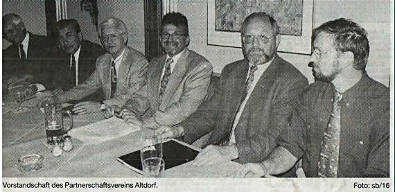 Der Gründungsvorstandsschaft am 4. Juni 1997